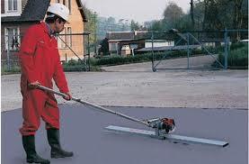 уплотнение бетонной смеси виброрейками