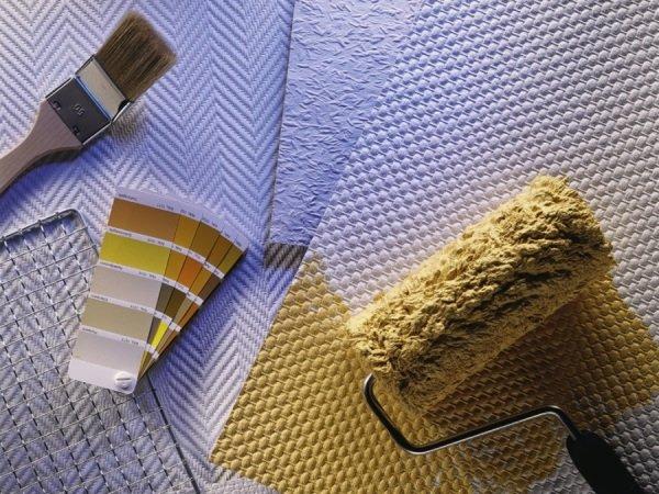 Покраска обоев на флизелиновой основе