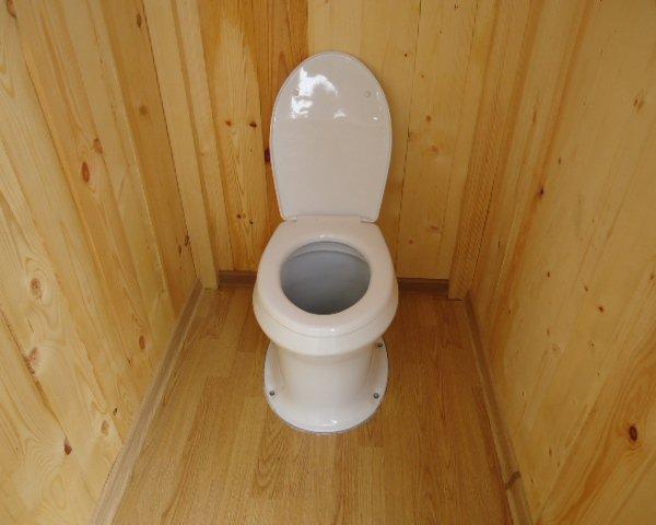 Унитаз для уличного туалета