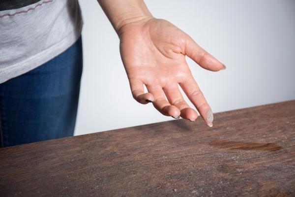 Причины возникновения пыли в квартире