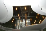 Виды зеркальных потолков и их особенности